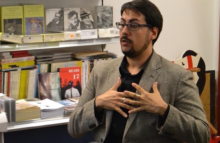 """""""Pioggia inversa"""" fra diritti e letteratura. Intervista a Matteo Tuveri"""